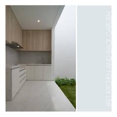 Ahouse:  Dapur by studiopapa