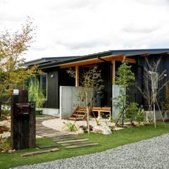 今治市の家 2: エムアイ.アーキテクトが手掛けた木造住宅です。