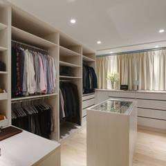 غرفة الملابس تنفيذ 哲嘉室內規劃設計有限公司
