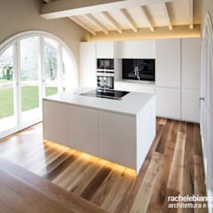 Kitchen by Rachele Biancalani Studio - Architecture & Design