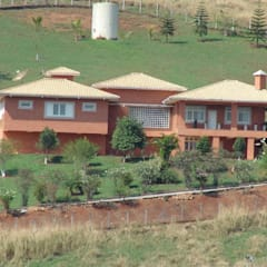 Casa de fazenda  AS: Casas do campo e fazendas  por SERARTE  ENGENHARIA