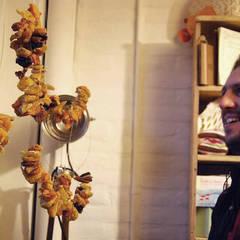 Diseño de Vidrieras - La Posta Eco: Galerías y espacios comerciales de estilo  por Proyecto Menos es Más
