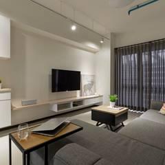 ห้องนั่งเล่น by 築川設計