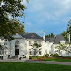 Purchase Consultation and Whole House Renovation in Potomac, Maryland:  Single family home by BOWA - Design Build Experts