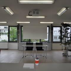 Großer Konferenzraum im DG, multifunktional nutzbar:  Veranstaltungsorte von architekturbuero dunker