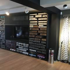 : Oficinas y tiendas de estilo  por Paola Santarini