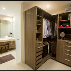 Closets minimalistas por SEZIONE