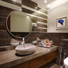 safal penthouse Modern bathroom by USINE STUDIO Modern
