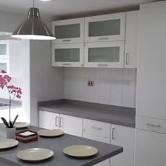 Built-in kitchens by homify, Minimalist Granite