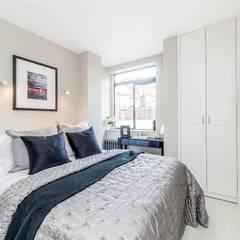 Bristol House: classic Bedroom by Maxmar Construction LTD
