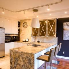 Apartament Bursztynowy: styl , w kategorii Kuchnia na wymiar zaprojektowany przez Viva Design - projektowanie wnętrz
