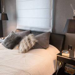 Zdjęcie sypialni głównej: styl , w kategorii Sypialnia zaprojektowany przez Viva Design - projektowanie wnętrz