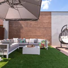 Zdjęcie tarasu: styl , w kategorii Taras zaprojektowany przez Viva Design - projektowanie wnętrz