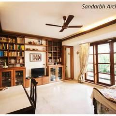 Спальни в . Автор – Sandarbh Design Studio, Эклектичный