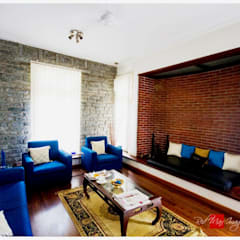 Kaivalya - Bhaskar's residence: eclectic Living room by Sandarbh Design Studio