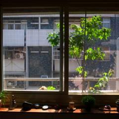 風景‧私宅:  窗戶 by 一穰設計_EO design studio