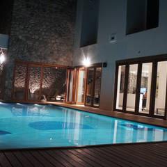 residencia club de golf: Casas de estilo  por Stadia Marina