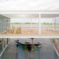 Steel Study House II:  Terras door Archipelontwerpers