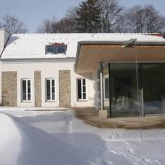 Umbau und Zubau Einfamilienhaus Altlengbach:  Einfamilienhaus von Architektin Renate Prewein