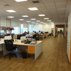 HABILITACION OFICINAS INALEN- ENEA: Estudios y biblioteca de estilo  por AOG SPA
