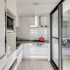 Küchenzeile von 御見設計企業有限公司