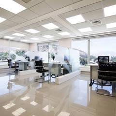 Sucural Preferencial Cordillera Banco BCI: Edificios de Oficinas de estilo  por Bauer Arquitectos