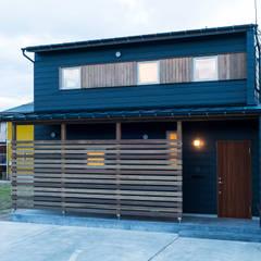 太田の家: 株式会社山口工務店が手掛けた木造住宅です。,モダン アルミニウム/亜鉛