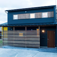 Wooden houses by 株式会社山口工務店, Modern Aluminium/Zinc