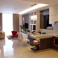 Dining and living :  Ruang Makan by Kottagaris interior design consultant