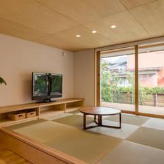 Media room by 株式会社山口工務店