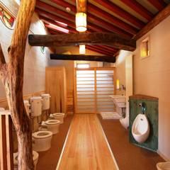長野市 上高田保育園: 安藤建築設計工房が手掛けた壁です。,