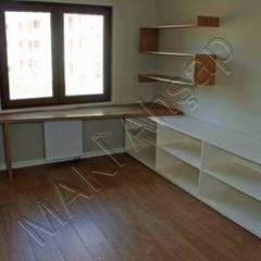 Maki Ahşap ve Metal Mobilya San. ve Tic. Ltd. Şti. – Çalışma Masası ve Kitaplık: minimal tarz tarz Çalışma Odası