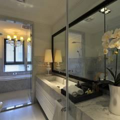 浪漫花園私宅:  浴室 by 原形空間設計,