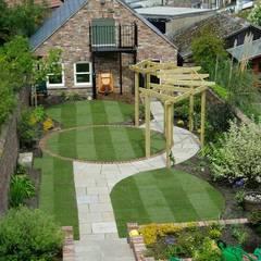 Garden Design Elements: Garden By Town And Country Gardens