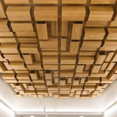 Rehabilitación de la Casa Consistorial de Lalín para dedicarla a Biblioteca Municipal: Salones de eventos de estilo  de ENKIARQUITECTURA