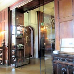 Glass doors by Ion Glass , Classic