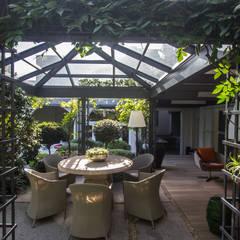 Jardines de invierno de estilo  por Belas Artes Estruturas Avançadas