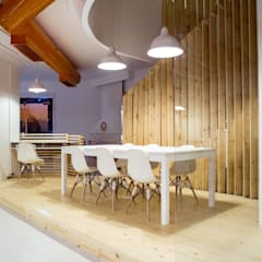 Ground Floor Meeting Area:  Office buildings by CUBEArchitects