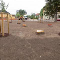 Pflanzarbeiten:  Veranstaltungsorte von Bender Freiraumplanung