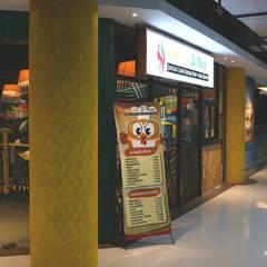 Entrance:  Restoran by Kottagaris interior design consultant
