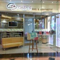 Gaby Nail Art Mal Taman Anggrek:  Ruang Komersial by Kottagaris interior design consultant