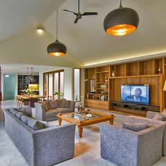 prv a131:  Ruang Keluarga by e.Re studio architects