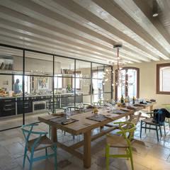 zanon architetti associati의  빌트인 주방