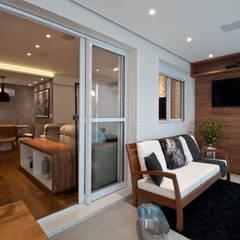 Residência Montedonio: Terraços  por Mazzark Arquitetos