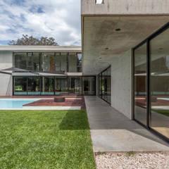 Vorgarten von Ciudad y Arquitectura