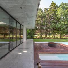 Garden Pond by Ciudad y Arquitectura