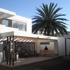 Teras by [ER+] Arquitectura y Construcción