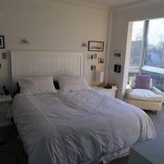 DEPTO LA REINA: Dormitorios de estilo  por [ER+] Arquitectura y Construcción