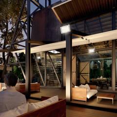 Boom Resort :  ห้องนั่งเล่น โดย ramรับออกแบบตกแต่งภายใน,