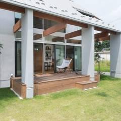 Holzhaus von ALTS DESIGN OFFICE